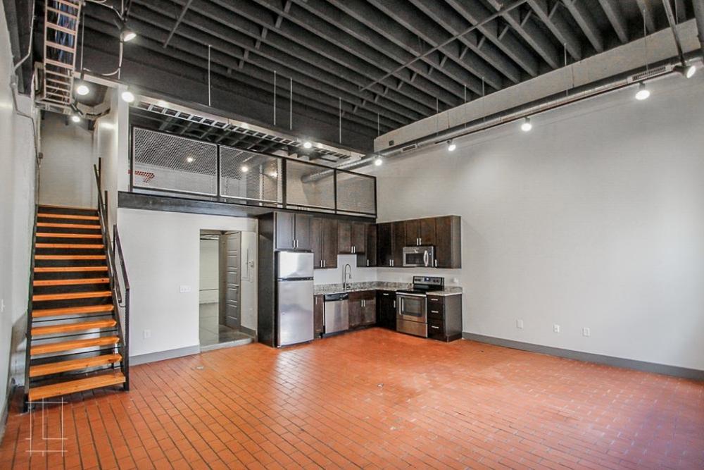 Month To Month Lease >> Wonder Bread Lofts - 2 Bedroom Industrial Loft - Unit 104 ...